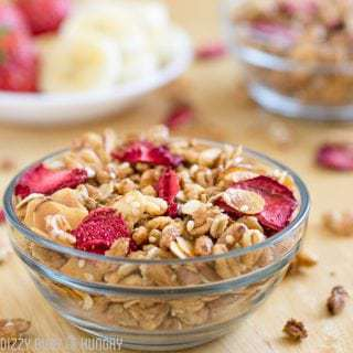 Strawberry Granola with Dried Strawberries #SundaySupper #FLStrawberry
